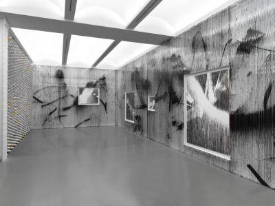 GREGOR HILDEBRANDT - IN MEINER WOHNUNG GIBT ES VIELE ZIMMER (solo) @ARTLINKART, exhibition poster